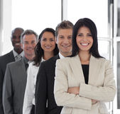 Überzeugter weiblicher führender Vertreter der Wirtschaft stockfoto