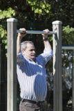 Übung des alten Mannes Lizenzfreies Stockbild
