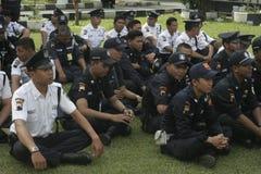 Übungs-Sicherheits-Einheit befehligt das Polizeihauptquartier, das in Surakarta errichtet Stockbild