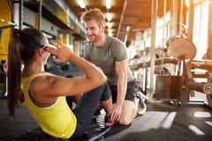ćwiczący sprawność fizyczną jego mężczyzna odbicia szkolenia woda Fotografia Royalty Free