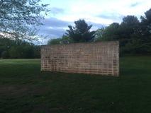 Ćwiczenie ściana budująca cinderblocks przy półmrokiem Obrazy Stock