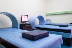 Łóżko szpitalne magnesu terapii system Obrazy Stock