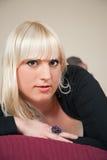 łóżkowa blond dziewczyna Fotografia Royalty Free