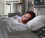 łóżkowa ciężka szpitalna kobieta Zdjęcia Stock