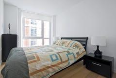 łóżkowego sypialni kopii królewiątka nowożytny rozmiar Obrazy Stock