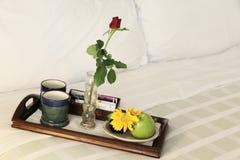 łóżkowy śniadanie n Obrazy Royalty Free