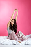 łóżkowy ja target1634_0_ dziewczyny Obrazy Royalty Free