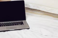 łóżkowy laptop Fotografia Stock