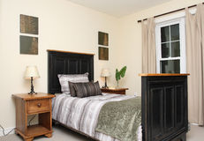 łóżkowy pokój Fotografia Royalty Free