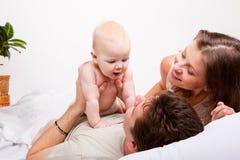 łóżkowy rodzinny uroczy Obraz Royalty Free