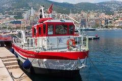Łódź biuro morskie sprawy w porcie Monaco obraz royalty free