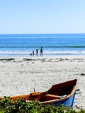 Łódź i ocean zdjęcia stock