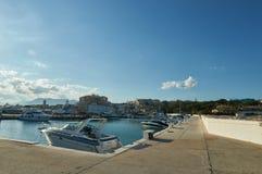 Łódź, jacht w Caboino porcie w Marbella/ Obraz Stock