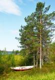 Łódź na brzeg Zdjęcia Stock