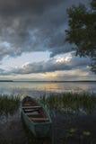 Łódź na jeziorze Obraz Royalty Free