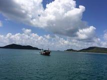 Łódź na morzu Fotografia Stock