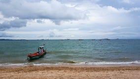 Łódź na morzu Zdjęcie Stock