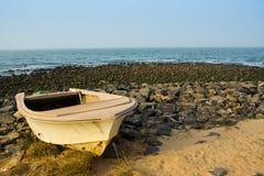 Łódź na plaży w Gambia, afryka zachodnia Obrazy Royalty Free