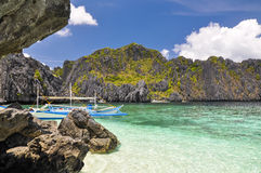Łódź na Shimizu wyspie blisko El Nido, Palawan -, Filipiny Obraz Royalty Free