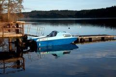 łódź osamotniona Zdjęcie Stock