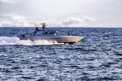 Łódź patrolowa włoch Guardia Di Finanza patroluje Rzym s morze zdjęcie stock