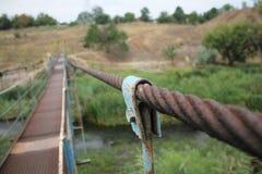 łódź pod most dni zawieszenia Września ładną wodą Obrazy Stock
