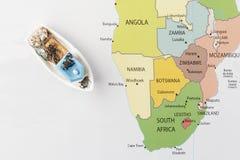 Łódź rybacka na mapie Obraz Royalty Free