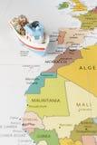 Łódź rybacka na mapie Zdjęcie Stock