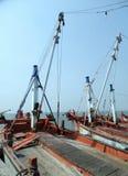 Łódź rybacka przy jetty w Chonburi Fotografia Stock