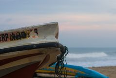 Łódź Rybacka przy Negombo plażą zdjęcie royalty free