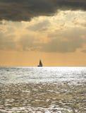 łódź samotna Zdjęcia Stock