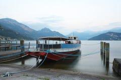 Łódź w Lucerna jeziorze Obraz Stock