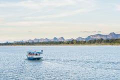 Łódź w Mekong rzeczny Nakhonphanom Tajlandia Lao obraz stock