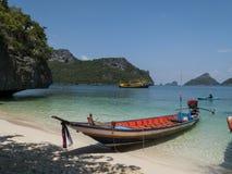 Łódź w zatoce Thailand obrazy stock