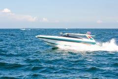 Łódkowata prędkości łódź na morzu z nieba naturalnym pięknem pattaya Thailand Zdjęcie Royalty Free