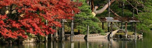 łódkowata spadek ogródu jata Zdjęcia Royalty Free