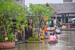 łódkowatego rejsu spławowy rynek Obraz Stock