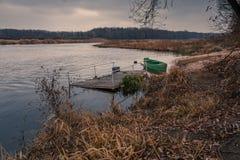 łódkowatej depresji zmotoryzowany przypływ drewniany Zdjęcie Royalty Free