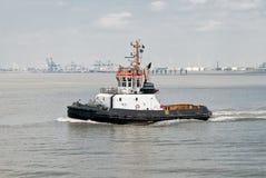 łódkowaty holownik obrazy stock