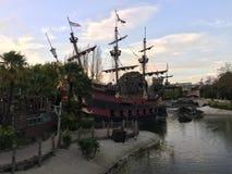 Łódkowaty Pirat Disneyland Paryż obraz stock