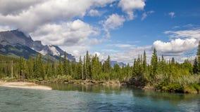 Łęk rzeki Alberta, Kanada - - Banff park narodowy - Fotografia Royalty Free