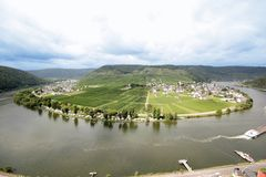 Łęk w rzecznym Moselle blisko Beilstein, Niemcy (Mosel) Obraz Stock