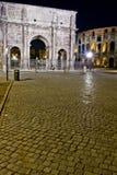 łękowaty Constantine noc Rome widok Obrazy Stock