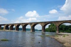Łękowaty linia kolejowa most Obraz Stock