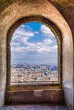 Łękowaty widok miasto od antycznego kasztelu w Naples, Włochy obraz stock
