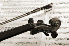 łęku szczegółu notacja ciąć na arkusze skrzypce fotografia royalty free