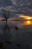 łańcuchu pokryw horyzontalnych Illinois jeziornych jezior lekka o pomarańczowa fotografii nieba zmierzchu powierzchnia usa Fotografia Royalty Free
