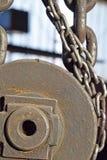 Łańcuchy, pulleys Zdjęcie Stock