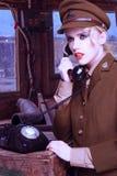 Ładna blond kobieta w wojsko mundurze zdjęcie stock
