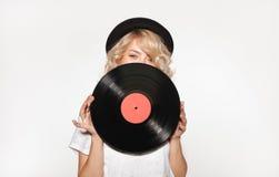 Ładna blond przymknięcie twarz z winylem zdjęcie stock